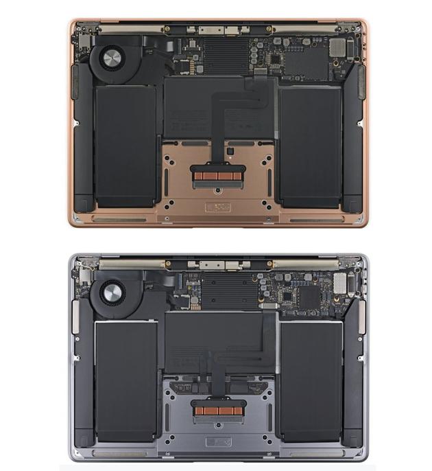 上:2019款MacBook Air 下:2020款MacBook Air
