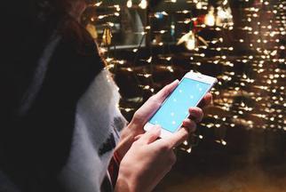 用5G手机会致癌?别傻了
