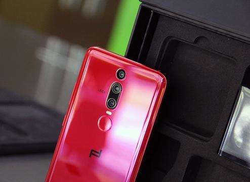 华为新奢侈品手机评测:科技含量不低