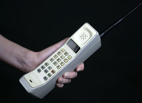 你还记得那些曾颠覆玩法的手机吗?