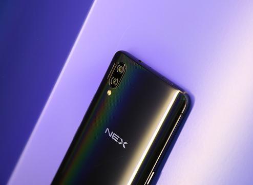 vivo NEX评测:谈技术的蓝厂带来什么不同