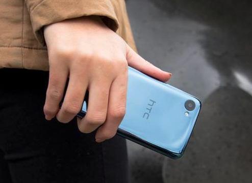 HTC 5G手机曝光:重出江湖是否有戏?