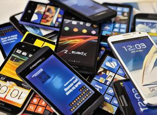 智能手机风云变幻的十年