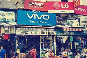 """中国手机工厂重注印度:""""逆向行驶""""的4G功能机"""