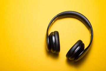 击碎版权天花板,音乐行业要赚钱