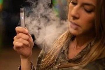 那些做电子烟的年轻人
