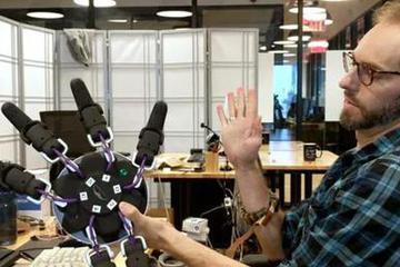 Facebook打造魔法腕带