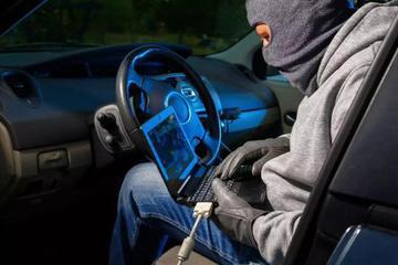越来越智能的汽车黑客