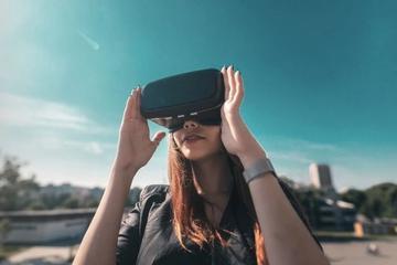VR旅游成了异地恋终结利器