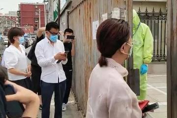 李国庆案庭审现场:俞渝以送花举证感情未破裂(图)