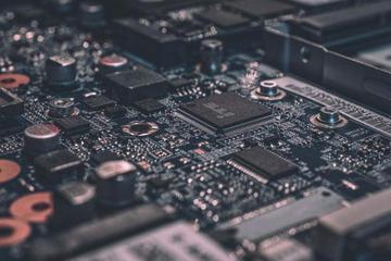 寒武纪成科创板AI芯片第一股 想守住千亿市值有点难
