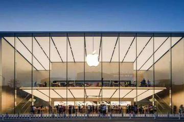 2万亿市值的苹果帝国最大隐患是什么?