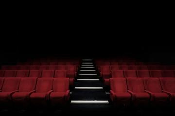还有十天,电影市场能完成2020年的KPI吗?
