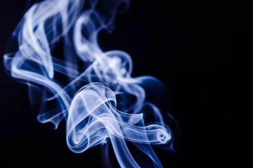 """电子烟终于有""""身份""""了!到底是利好还是利空?"""