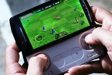 """大厂竞逐游戏手机:尴尬的定位 能否再现""""游戏本""""辉煌?"""
