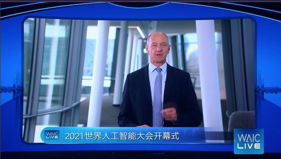西门子CEO:没有国家或组织能凭一己之力释放AI全部潜能