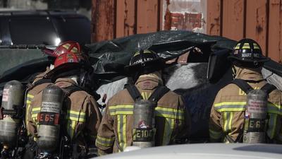 特斯拉汽车在发生碰撞事故后燃烧,导致司机死亡