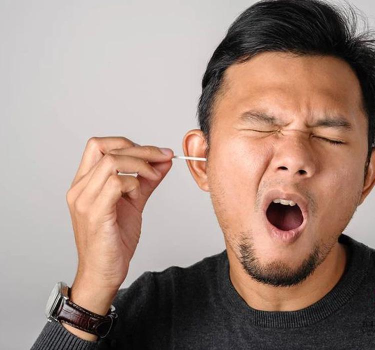 """油耳朵里的""""油""""是啥?耳屎到底要不要掏?"""