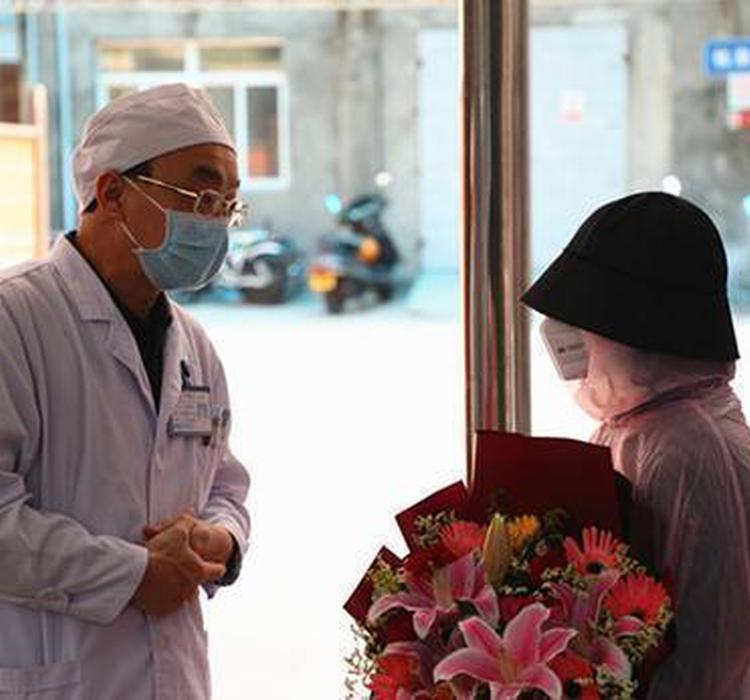 钟南山团队发文:人重组粒细胞集落刺激因子减少特定新冠患者死亡