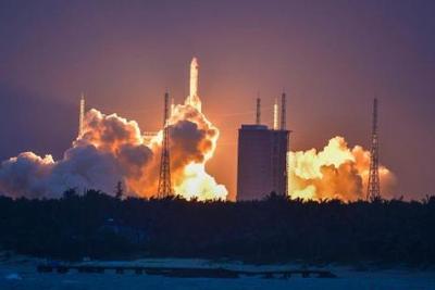 代表委员勾勒中国太空探索新图景:今年大火箭复飞