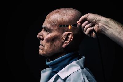 """如何看待""""大脑复活服务"""":科学家说这很荒谬!"""
