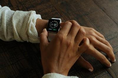 苹果密谋全新micro LED屏:新手表弃OLED要尝鲜