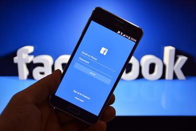 Facebook拟斥资数百万美元向媒体机构购买新闻使用权_网上赚钱揭秘
