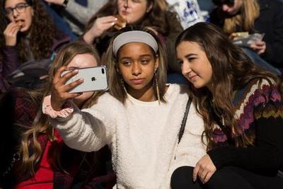 派杰:逾八成美国青少年青睐iPhone而非Android手机