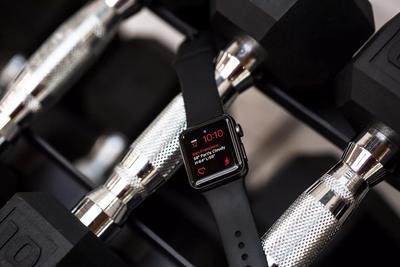 苹果换修新政:部分42毫米版Apple Watch2可免费维修