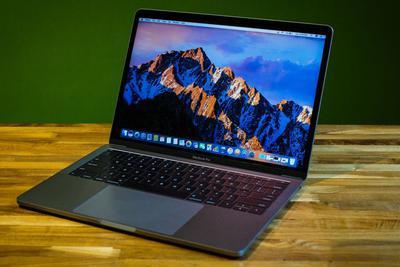 部分MacBook Pro电池出现膨胀:苹果推出更换计划