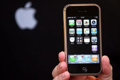 苹果:iPhone有数百个原型机 我们从不抄袭