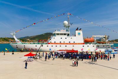 航程近4万海里 向阳红01完成中国首次环球海洋科考