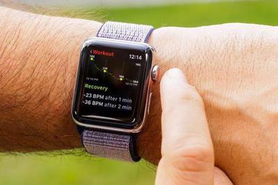 Apple Watch申请血压计专利 腕表测量血压大势所趋