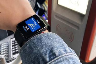 苹果下一代Apple Watch取消机械按键?我觉得不行