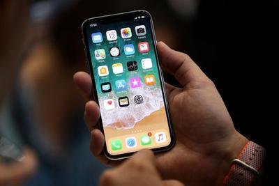 JDI拿下LCD版新iPhone七成订单 有望扭转亏损
