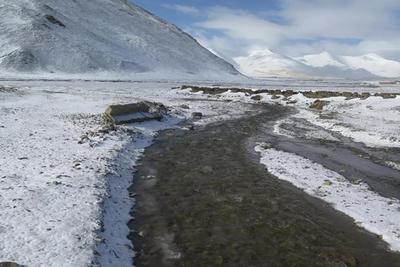 如何把更多碳留在未解冻冻土里:限制化石燃料的使用