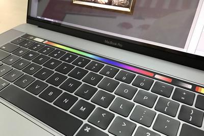 Touch Bar版MacBook Pro装上Win10后:我绝望了