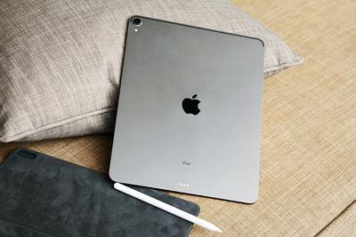 用移动电源充新苹果iPad Pro时需注意谨防反向充电