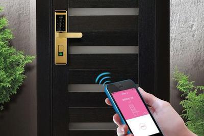 智能门锁为啥比普通锁贵 它真的好用吗?
