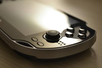 PS Vita停产 索尼为何不再重视掌机市场?
