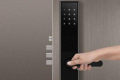 智能门锁开锁方式多样 哪种最可靠?