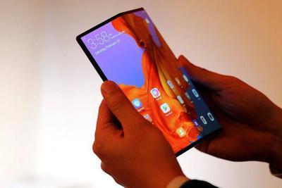 折叠屏和5G很酷,但2019年我们很可能用不上它们