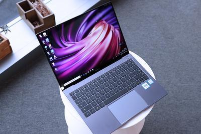 华为新MateBook X Pro体验:全面屏有了更多黑科技
