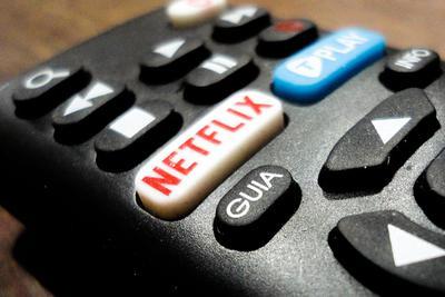 "Netflix尝试为智能电视节目加入""随机播放""功能"