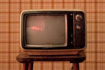 因为减产而涨价的小尺寸电视面板有些尴尬