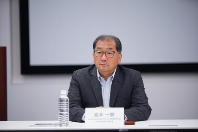 专访索尼中国董事长:坚持高端路线 52万元电视卖断货