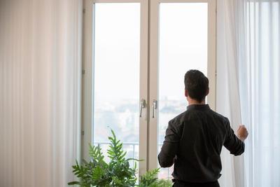 宜家发明了个能净化室内空气的窗帘