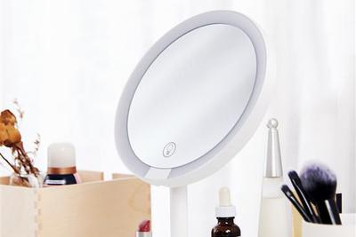 小米有品上架LED化妆镜:95%日光相似度