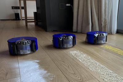 戴森发布智能吸尘机器人 能在黑夜工作 吸力媲美V8