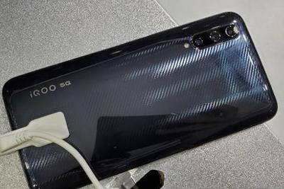 第三款配备骁龙855 Plus手机登场,将于下月发布